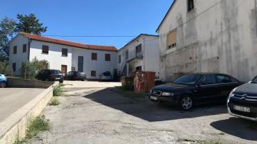 Zgrada,poslovni prostor i skladišta-Viškovo